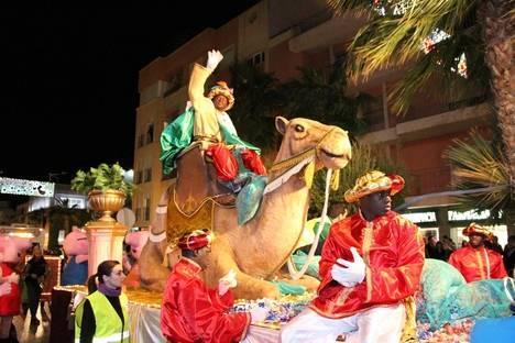 Más de 20.000 personas disfrutaron de la magia de los Reyes Magos en Roquetas de Mar