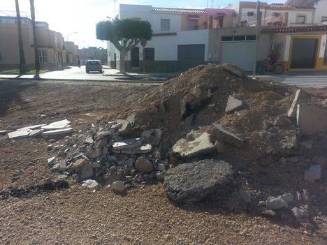 IU denuncia una escombrera ilegal en Ejido Norte