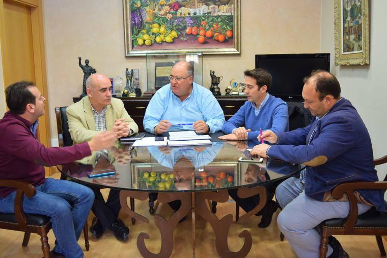 El Ayuntamiento analiza con Diputación las obras públicas más urgentes en Gádor