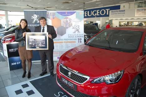 Diputación firma un convenio con Mosa Peugeot Almería para el patrocinio del Circuito de Carreras Populares 2016