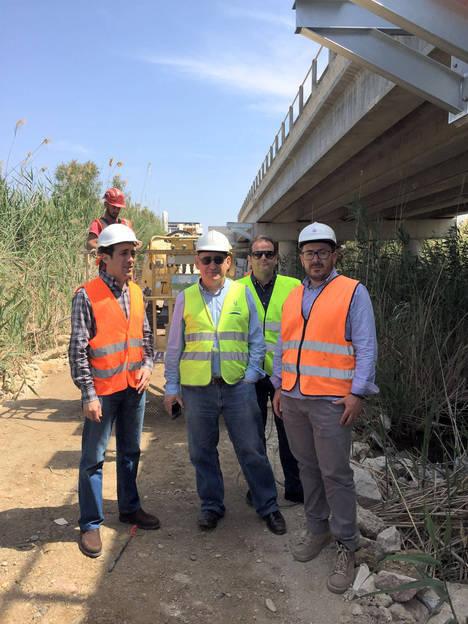 Diputación construye una pasarela peatonal y ciclista adosada al puente de Puerto Rey