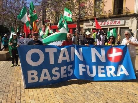 Ni Podemos ni su candidato a la generales acuden a la marcha Anti-OTAN de Almería