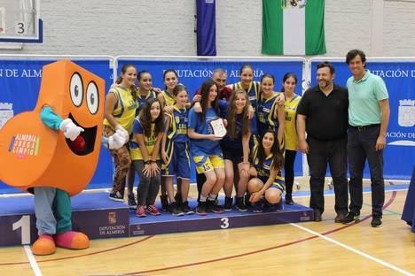 Los Juegos Deportivos Provinciales de baloncesto echan el cierre en el Moisés Ruiz