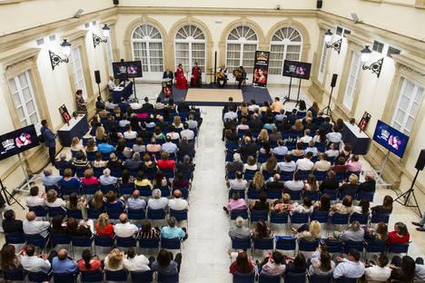 El Patio de Luces de Diputación acoge la presentación de la Campaña Sandía 2016 Grupo Caparrós