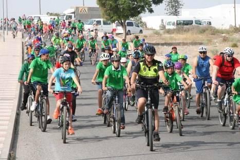 Cortijos de Marín se vuelca con su Día de la Bicicleta