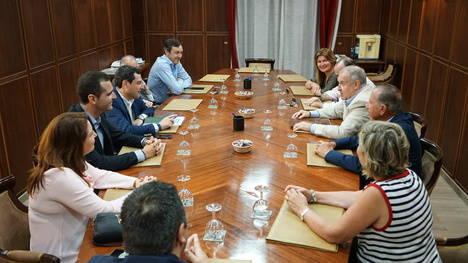 Moreno critica que Díaz utilice las instituciones para hacer campaña a favor del PSOE