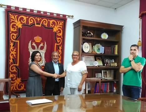 Convenio de colaboración entre el Ayuntamiento de Vera y la Federación de Asociación Romaní de Almería