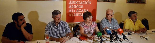 """Amigos de la Alcazaba pide el cese del delegado de Cultura y la directora del conjunto monumental por """"el ataque al patrimonio"""""""