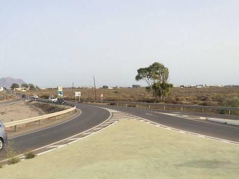 Diputación mejora el firme en la carretera más transitada de la provincia durante el verano