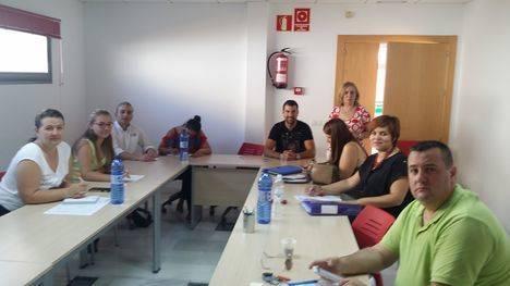 Curso de gestión empresarial básica con usuarios y usuarias de Andalucía Orienta en el CADE de Vera