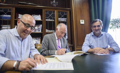 El Centro de Servicios Sociales Comunitarios de Huércal-Overa gestionó 1 millón en ayudas en 2015