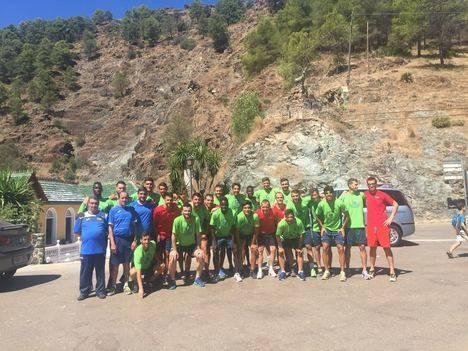 El equipo celeste satisfecho tras tres días intensos en el Camping Sierra de Las Nieves de Yunquera