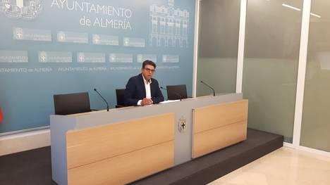 Miguel Cazorla: 'Ciudadanos apoyará el importe del superávit si se prioriza a nuestros barrios'