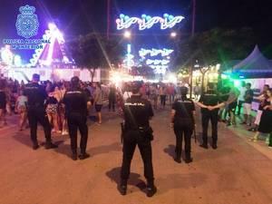 En hora y media roba a punta de navaja dos carteras y dos tel�fonos en la Feria