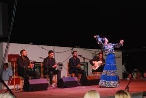 Cientos de personas asisten al XI Festival de Flamenco El Capi en La Isleta del Moro