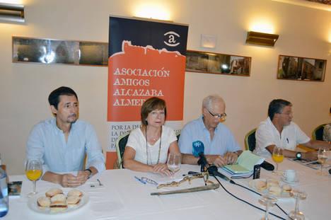 Amigos de la Alcazaba acude a la Fiscalía para denunciar el 'taladrazo' de la Alcazaba