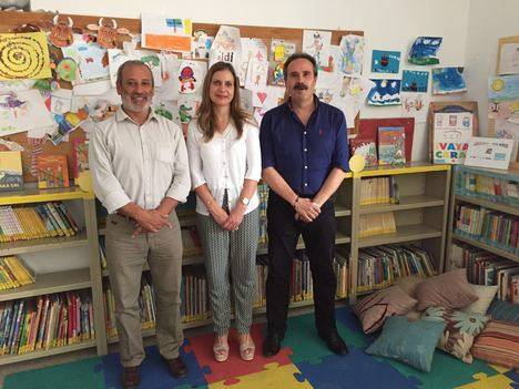 Visita del Delegado de Cultura a la Biblioteca Municipal de Vera