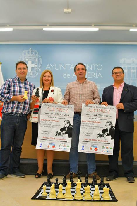 El Festival Juan Martínez Sola trae a Almería ajedrez para profesionales y pequeños aficionados