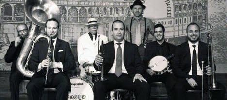 El Festival Internacional de Jazz de Roquetas se inicia con un concierto de Old South Brass Band
