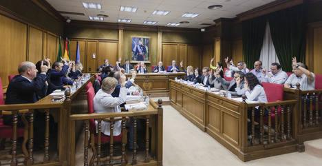 PSOE e IU se abstienen en la aprobación del Convenio Colectivo del Personal Laboral de la Diputación entre 2016 y 2019
