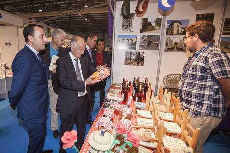 Amat preside la inauguración de la XVII Expoberja que reúne a más de 41 expositores