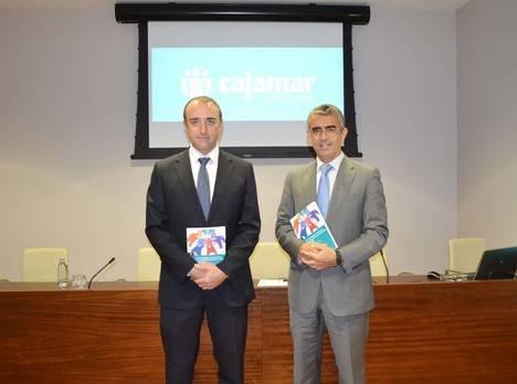 Cajamar profundiza en el potencial competitivo de las empresas cooperativas en la economía global