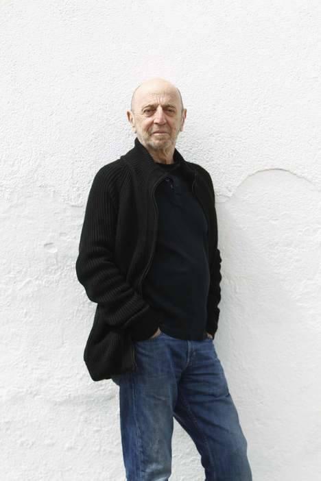 El periodista Andrés Aberasturi será mañana miércoles el invitado a la actividad 'El poeta y los jóvenes'