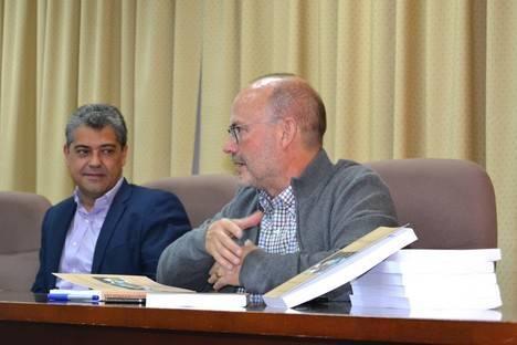 Diego López presenta en la UAL su libro