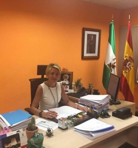 Eloisa Cabrera renuncia al Congreso para seguir de concejala en Roquetas de Mar