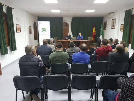 La Junta fomenta en Íllar la producción de productos BIO y las nuevas fórmulas para su comercialización