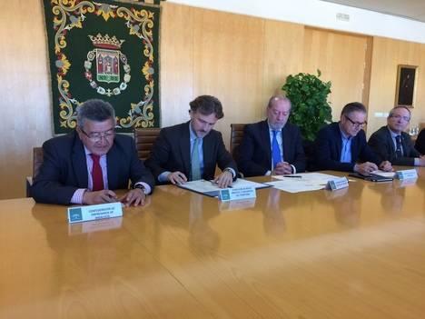 La Junta de Andalucía pretende reducir a la mitad el tiempo para la tramitación de los procedimientos urbanísticos