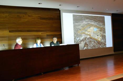 Amigos de la Alcazaba cerró anoche el ciclo de conferencias de la exposición sobre Tebas y Egipto en el Museo de Almería