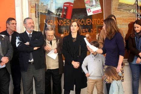 Inaugurada en Albox la calle en recuerdo del médico e investigador José Antonio García Ramos