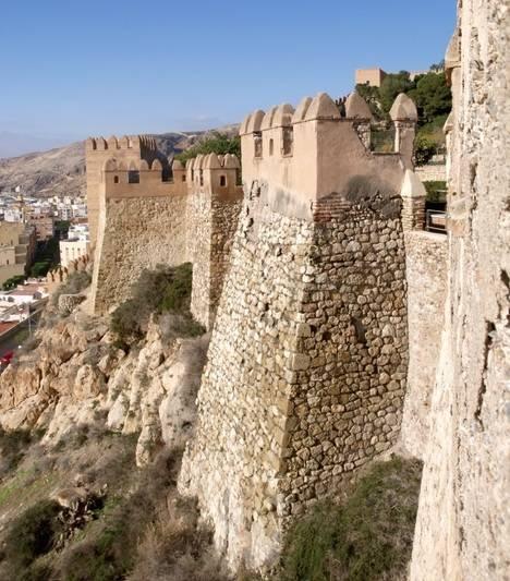 La Junta dispone ya del proyecto de restauración de la torre sur de la Alcazaba