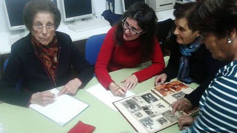 Los mayores de Los Gallardos recuperan la memoria del municipio en colaboración con Guadalinfo