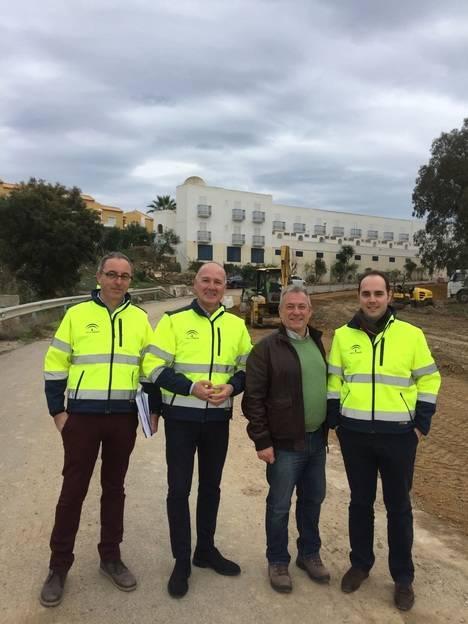 Las obras de la nueva vía ciclista de Las Buganvillas se encuentran al 15% de su ejecución y concluirá a principios de febrero