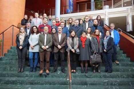 Alfredo Valdivia expone en Mojácar la apuesta de la Junta por la promoción turística del Levante almeriense