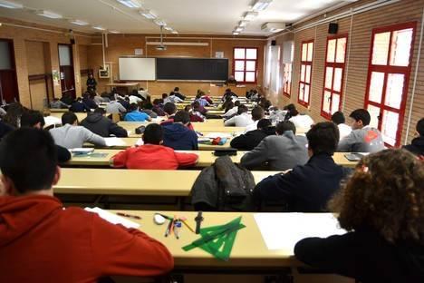 Estudiantes de la provincia muestran sus dotes en Matemáticas en la LIII Olimpiada Española