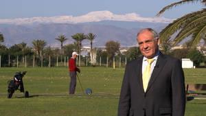 El Ejido entrega en Fitur su Premio al Mérito Turístico a Antonio Pérez Fornieles por su promoción del municipio como el mejor destino vacacional