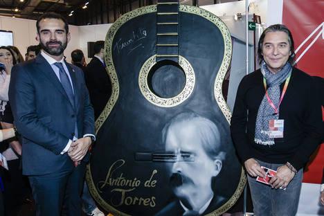 Almería se confirma en Fitur como capital de la guitarra y el flamenco