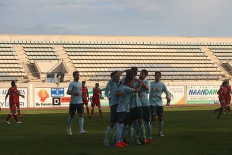 Primera gran victoria de la segunda vuelta y buenas sensaciones en el estreno de Darío Guti