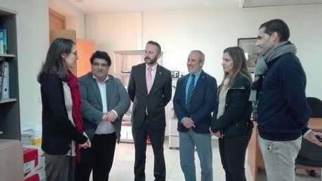 Cuevas y Vera reciben 864.000 euros en ayudas de la Junta la contratación de 104 desempleados