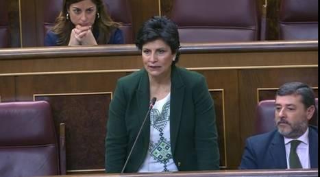 Navarro destaca el impulso del turismo en una pregunta al ministro sobre FITUR