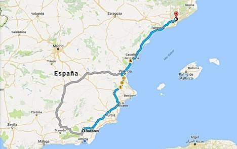 El alcalde de Bacares viaja con su familia en el coche municipal a reunirse con un alcalde catalán que dice que no le consta dicho encuentro