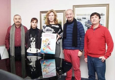 Rubén Lucas García gana el concurso para la elección del cartel del Carnaval 2017 de Roquetas de Mar