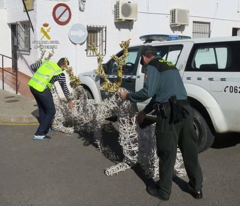 Detenidos por robar renos y gansos de Navidad en Gádor, Rioja y Benahadux