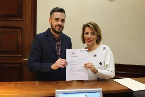 Ferrer pide explicaciones a la ministra por culpar a los agricultores de la subida del precio de los alimentos