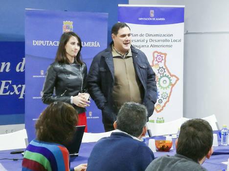 Canjáyar acoge la puesta de largo del Plan de Dinamización de Diputación que impulsará a empresas y emprendedores de 23 municipios