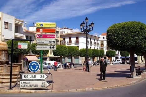 El PSOE de Berja inicia una recogida de firmas para proteger la Plaza de la Constitución
