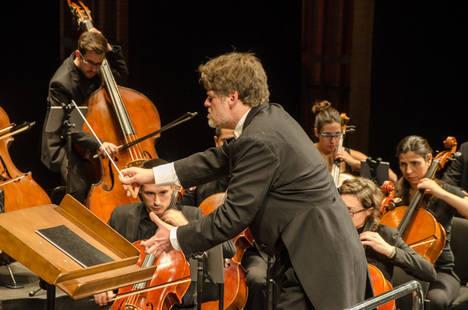 Almería vibra con el concierto de Guy Braunstein, Ambrosio Valero y la HSO